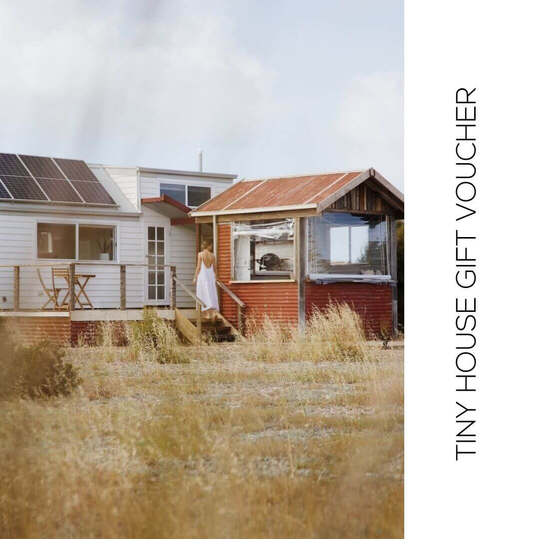 tiny-house-gift-voucher-bayside-glamping-marion-bay-takeus-withyou-image (1)