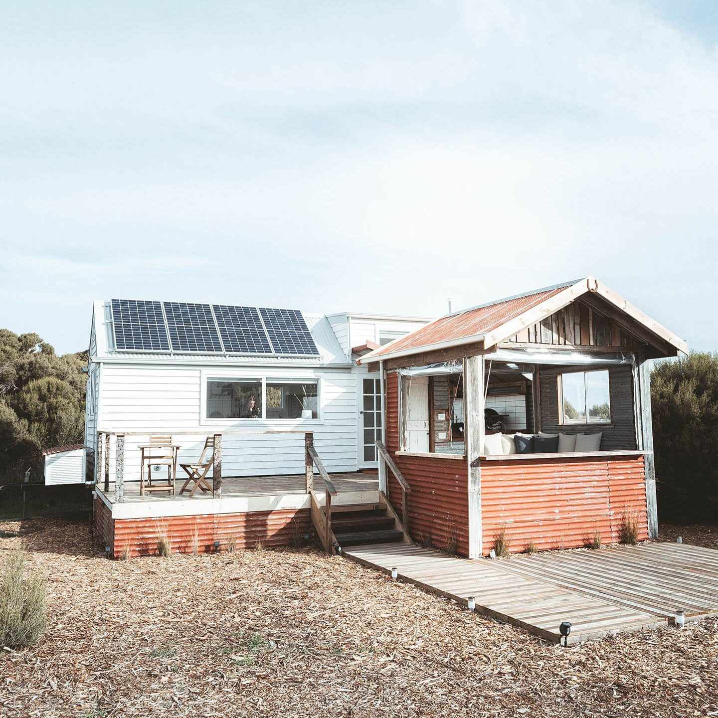 bayside-glamping-tiny-house-front